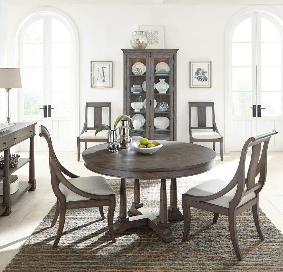 LincolnPark_Dining_Round_Table