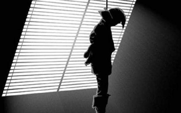 রংপুর বদরগঞ্জে সাবেক পুলিশ সদস্যের ঝুলন্ত মরদেহ উদ্ধার