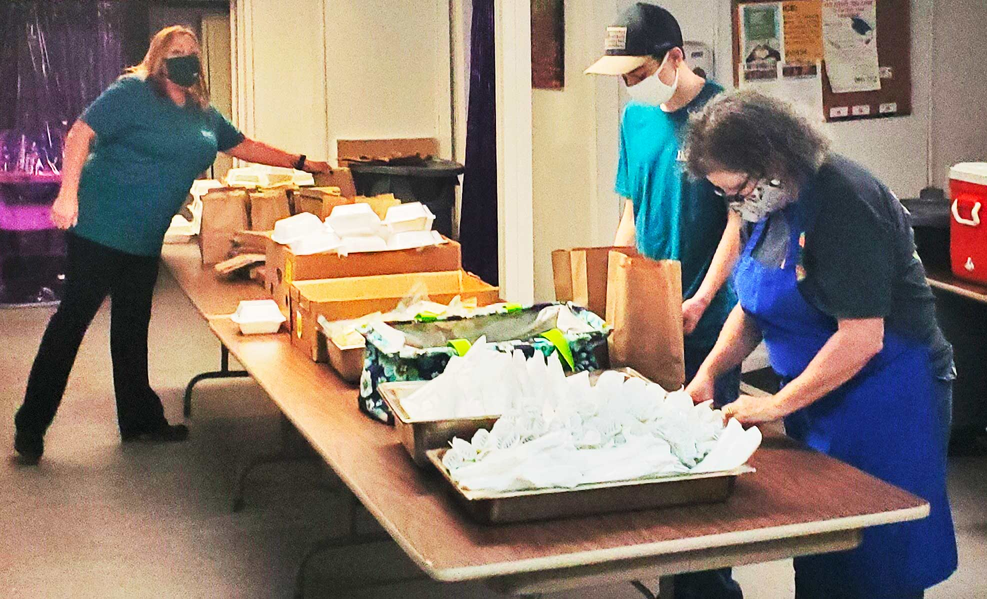 Kitchen of Hope volunteers