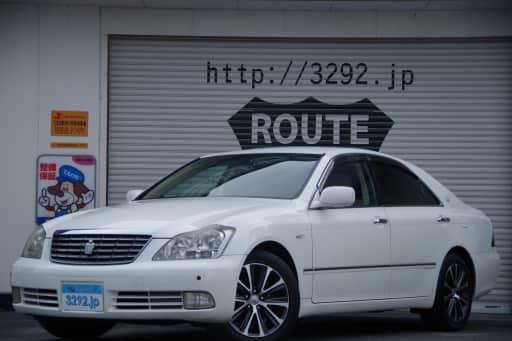 トヨタ クラウン ロイヤルサルーン 60th Spl Ed