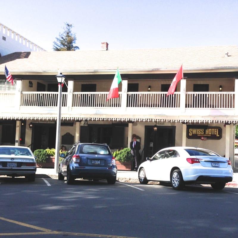 CHL #496 - Swiss Hotel