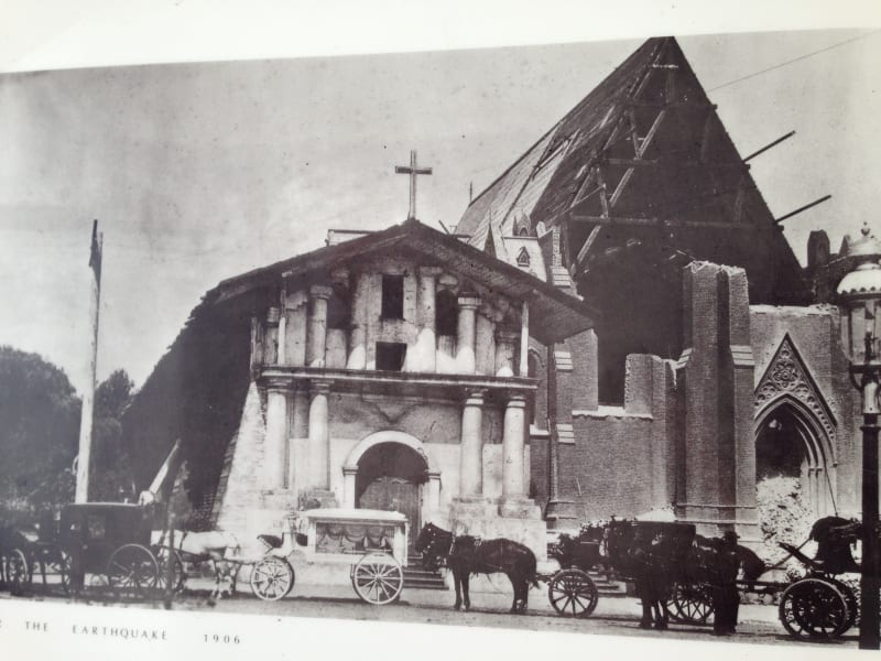 After the 1906 earthquake the new stone church was destroyed, but the Mission remained standing.