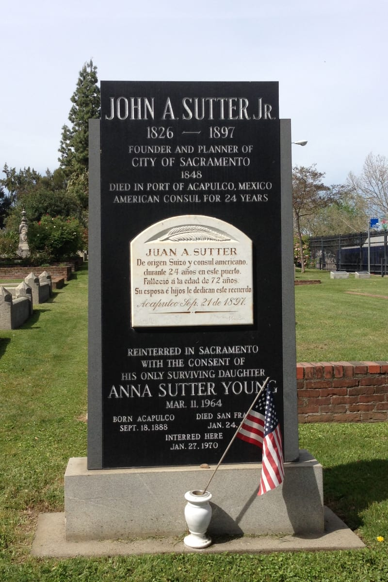CHL No. 566  Sacramento City Cemetery -- Grave of John Sutter