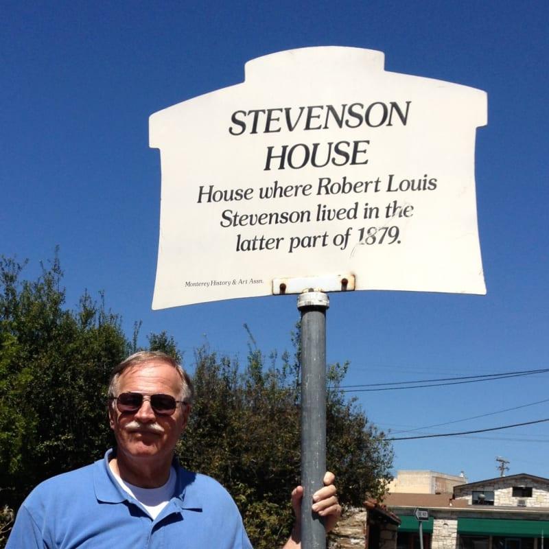 NO. 352 ROBERT LOUIS STEVENSON HOUSE, Street Sign