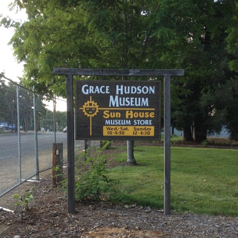 NO. 926 SUN HOUSE - Museum Sign