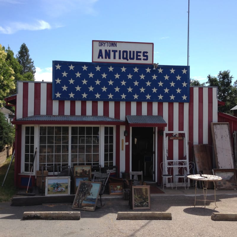 NO. 31 DRYTOWN - Antique Shop