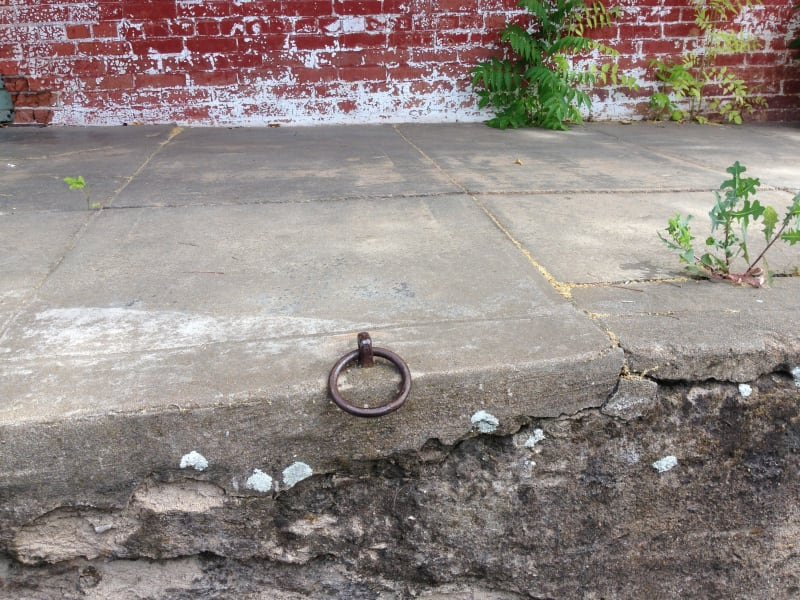 NO. 470 PLYMOUTH TRADING POST - Horse Hitch Ring