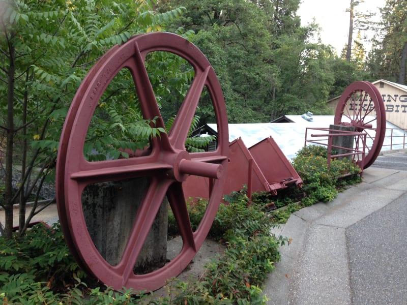 NO. 843 NORTH STAR MINE POWERHOUSE - Pelton Wheel