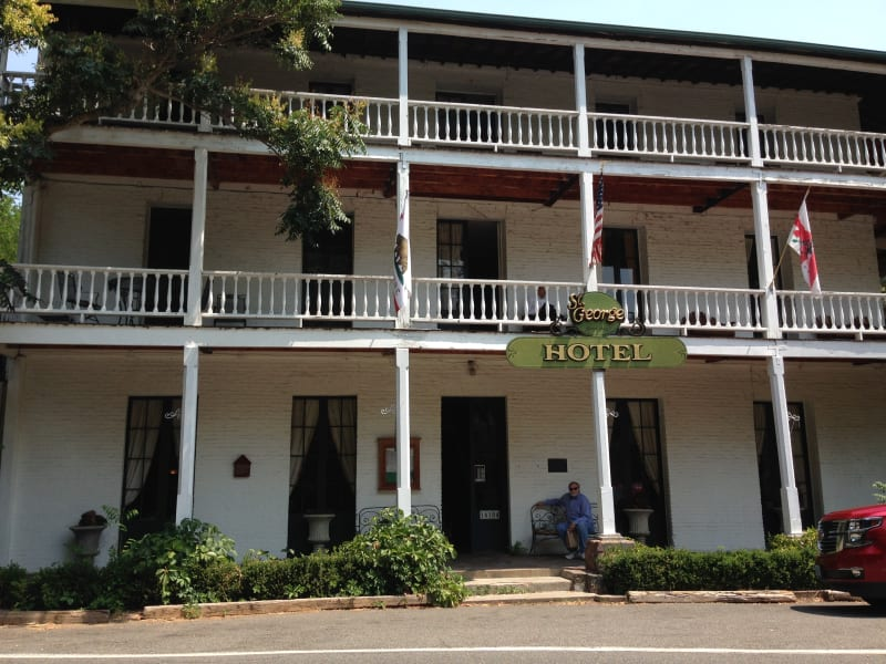 NO. 29 VOLCANO - St. George Hotel