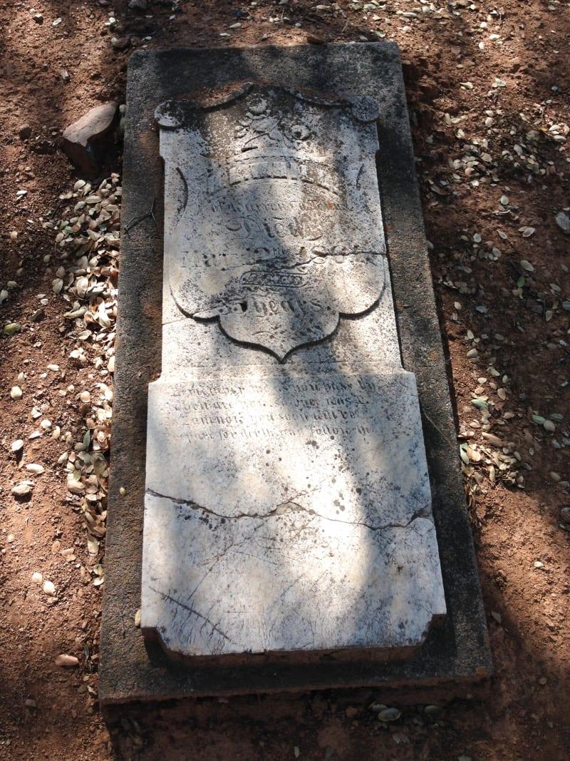 NO. 271 PIONEER CEMETERY - Grave
