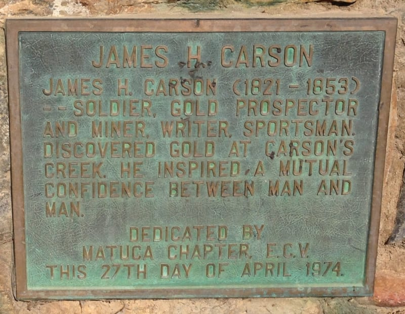 NO. 274 CARSON HILL - Private Plaque