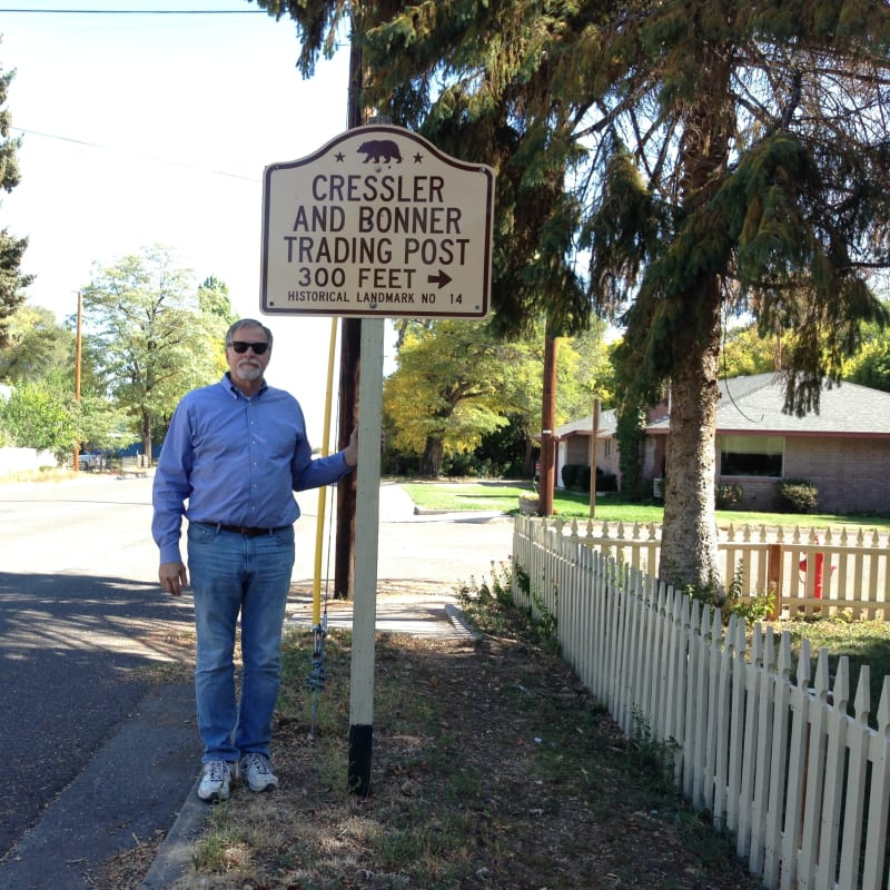 NO. 14 CRESSLER AND BONNER TRADING POST- Street Sign