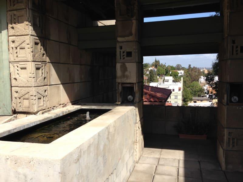NO. 1011 FRANK LLOYD WRIGHT TEXTILE BLOCK HOUSE (THEMATIC), FREEMAN HOUSE - Fountain