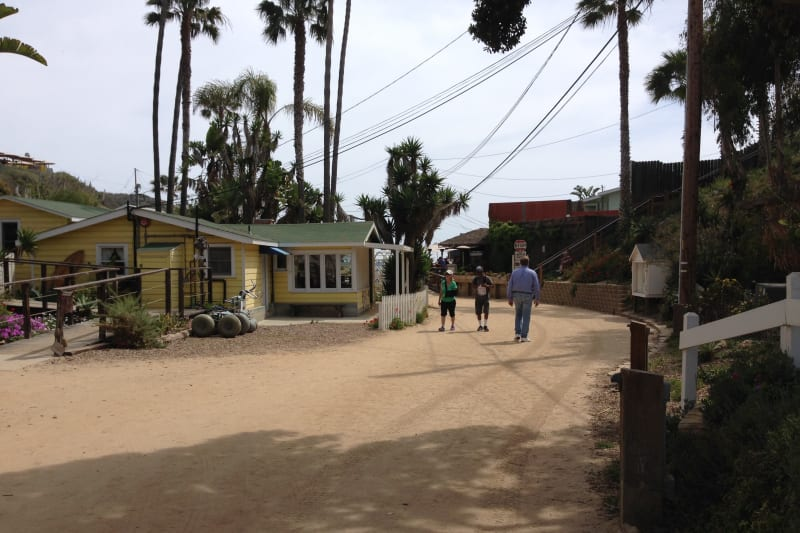 1050 CRYSTAL COVE HISTORIC DISTRICT - Walking toward the Visitor's Center