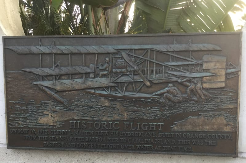 NO. 775 SITE OF FIRST WATER-TO-WATER FLIGHT - Private Plaque