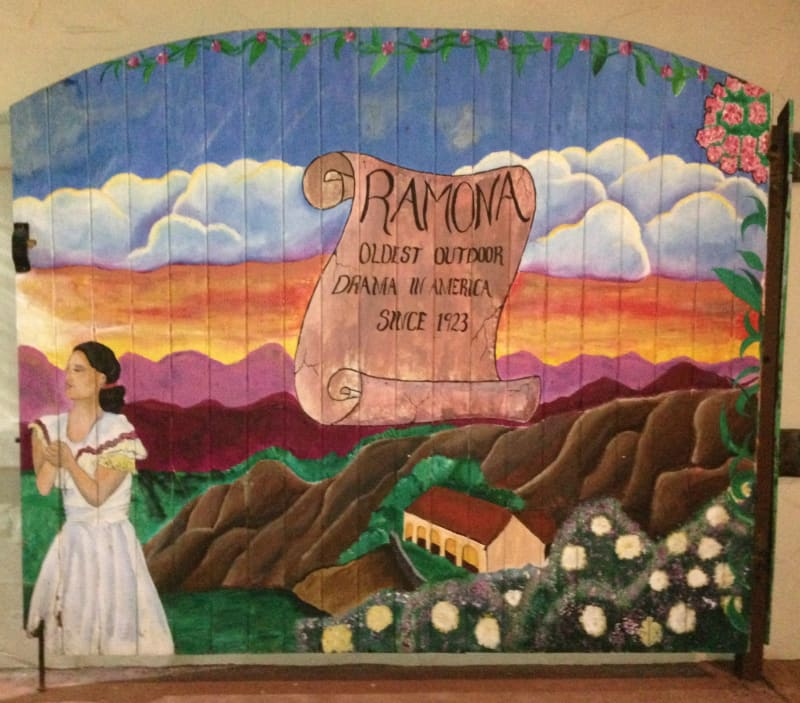 NO. 1009 RAMONA BOWL - Mural