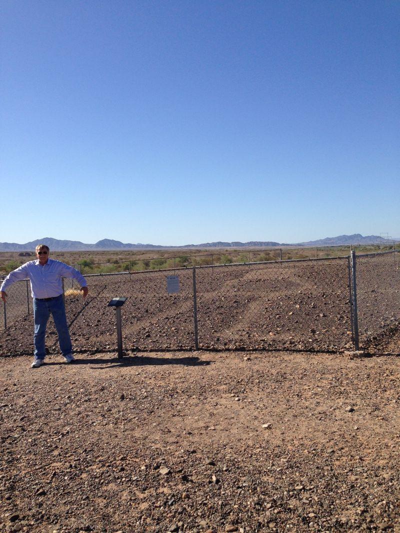 CHL #101 - Giant Desert Figures