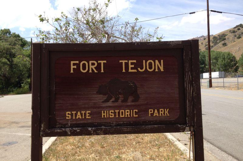 CHL #129 - Fort Tejón