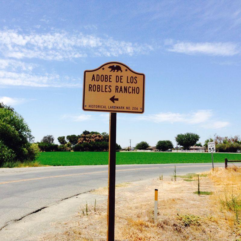 CHL #206  El Adobe de los Robles Rancho Street Sign