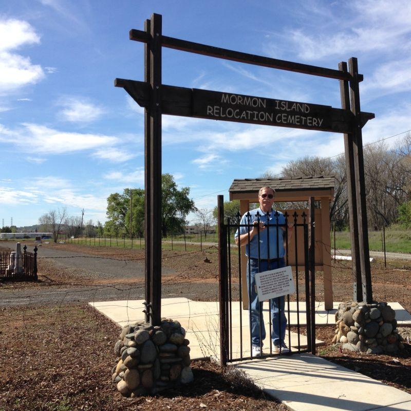 CHL #569 Mormon Island Relocation Cemetery