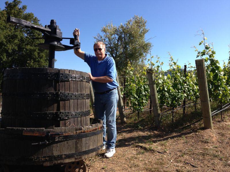 "NO. 733 PAUL MASSON MOUNTAIN WINERY - ""Pressing Grapes"""