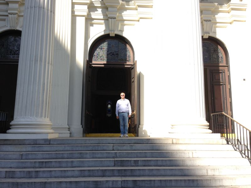 NO. 910  ST. JOSEPH'S CATHOLIC CHURCH - Front Steps