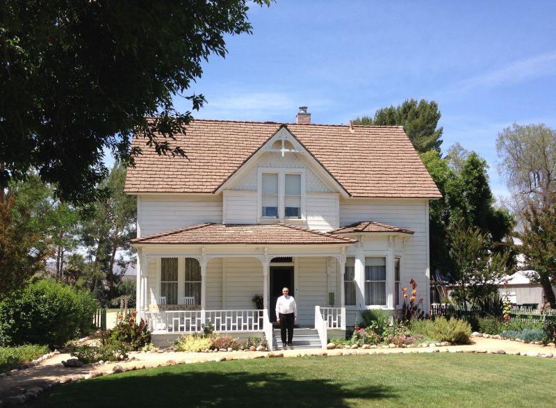 NO. 979 RANCHO SIMI - Strathearn House