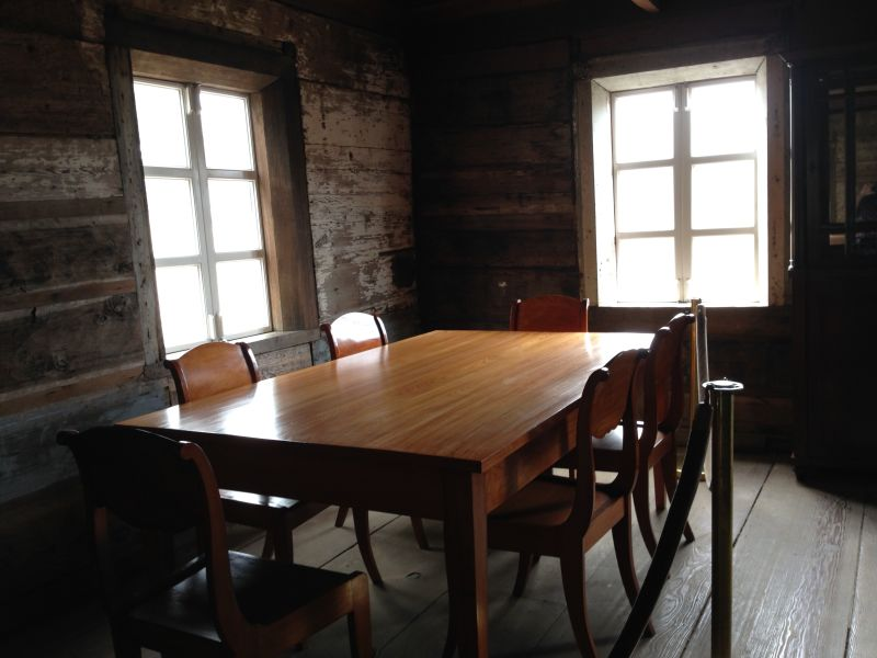 NO. 5 FORT ROSS - The Rotchev House Dining room