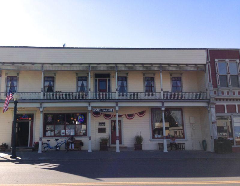 NO. 883 FERNDALE - Hotel Ivanhoe