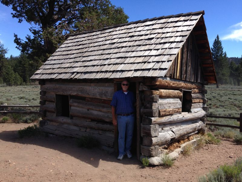 NO. 619 HOLCOMB VALLEY - Cabin