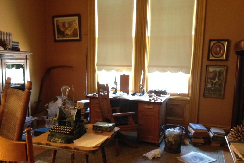 CHL #312 -John Muir National Historic Site _ John Muir's Desk