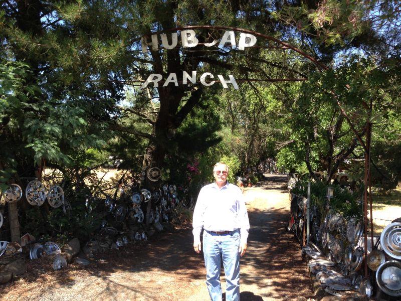 NO. 939 Litto's Hubcap Ranch- Drive Way