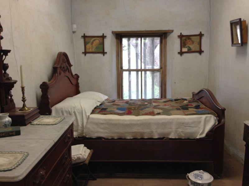 CHL #372  Adobe Palomares - Bedroom