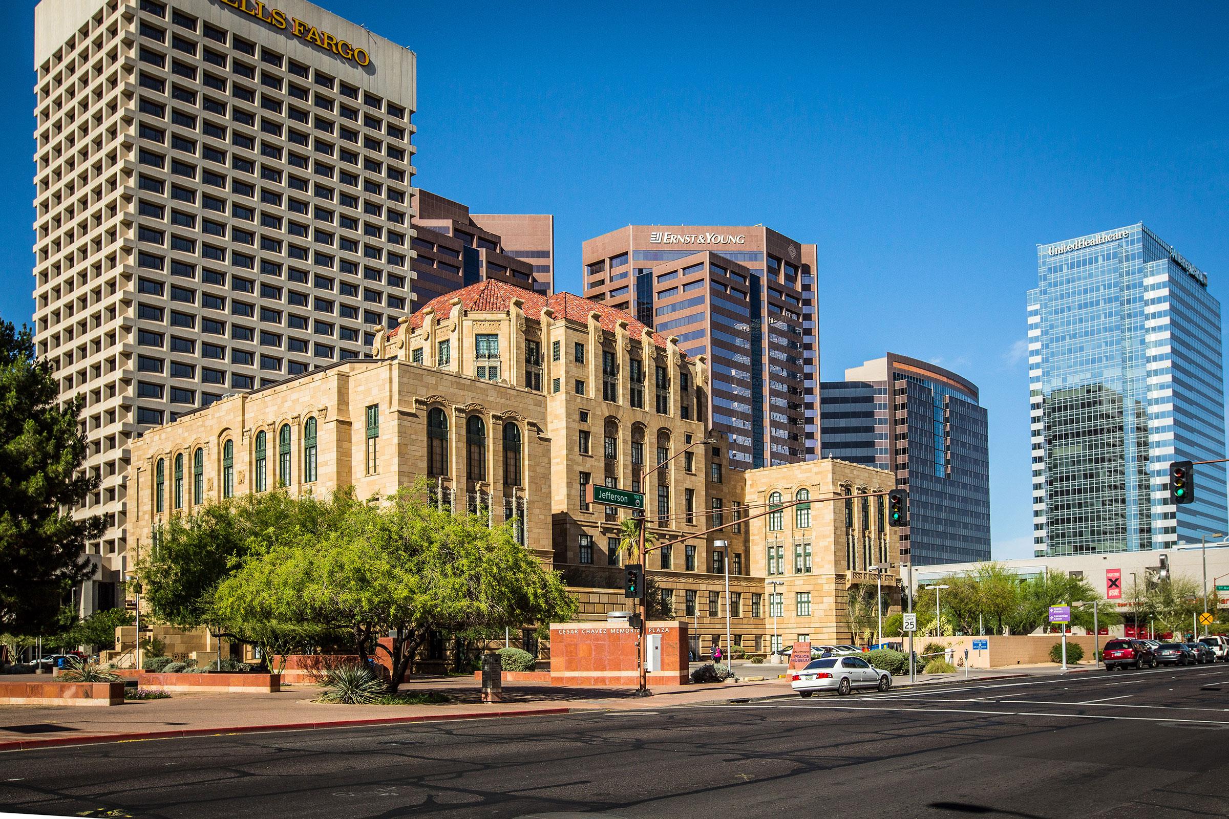 Penal y la Ley de Inmigración firma con sede en Arizona y Colorado.