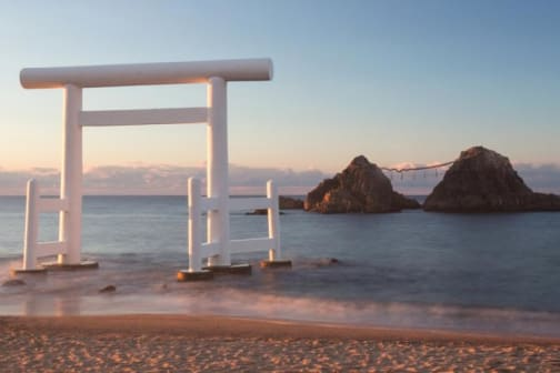 Slow down in Itoshima: Beach Cafés and Unforgettable Sunsets