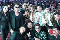Lengnavatrong brings celebrities to...
