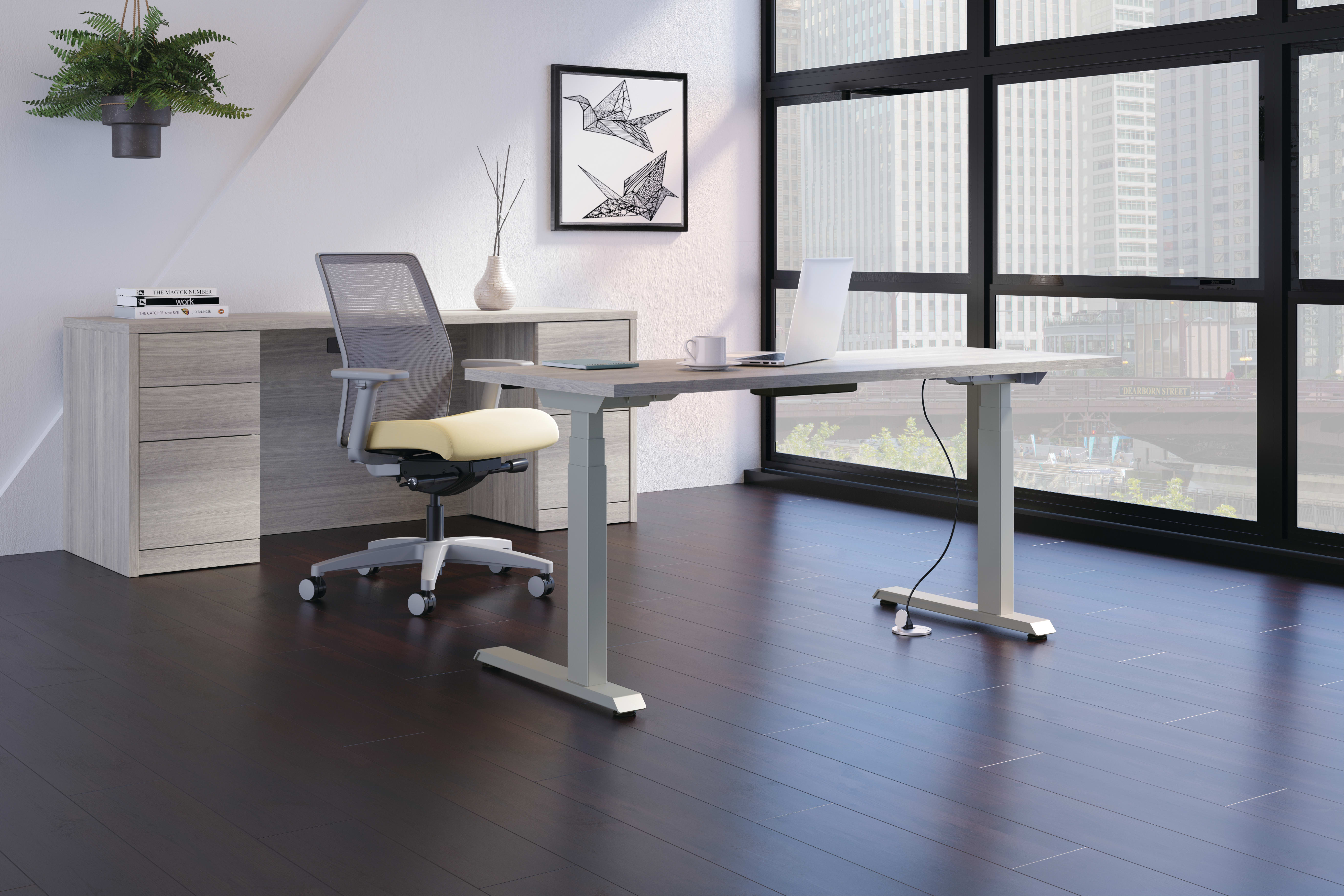 Ignition Chair with Coordinate Height Adjustable Table.