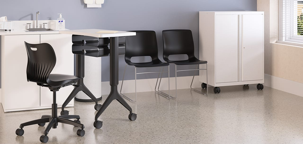 3_Healthcare_PatientConsulting_ExamRoom_QuickshipProducts