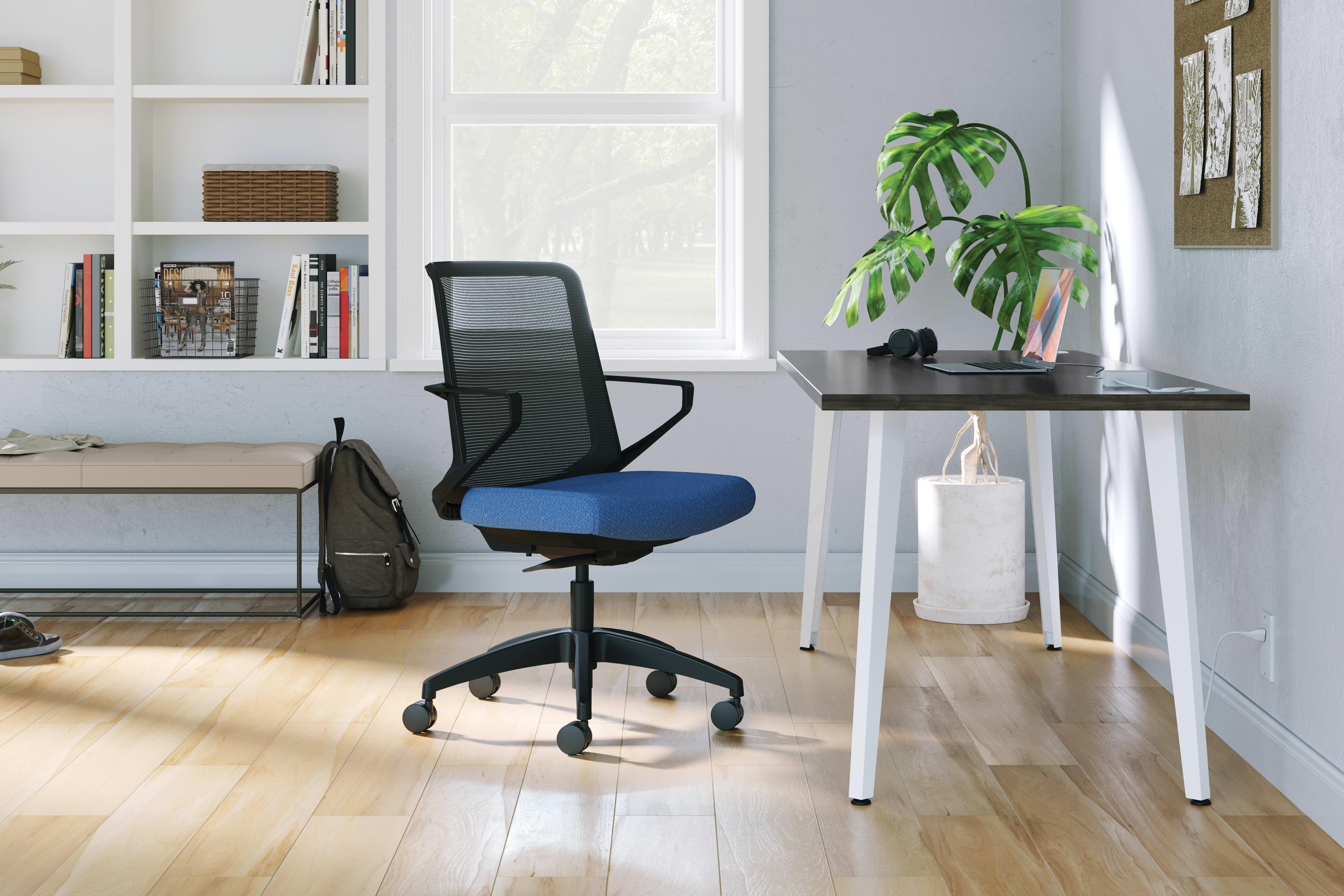 Cliq Seating and Voi Desks