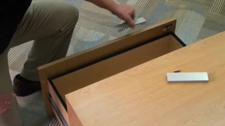 Voi Installation - Drawer Handles video link