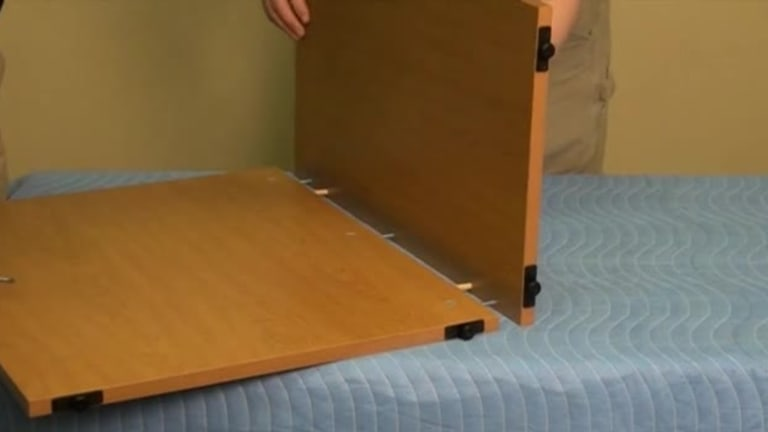 Voi Installation - Laminate End Panels video link