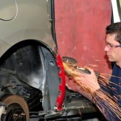 Auto Body Repairer