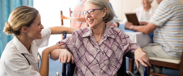 Personal care aides work in a variety of different workplaces. These workplaces can vary from hospitals, nursing homes and adult daycare centres, to people's private residences.