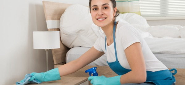 A housekeeping cleaner is someone who does general cleaning tasks, such as dusting, vacuuming, making beds, cleaning bathrooms and kitchens, and mopping floors.