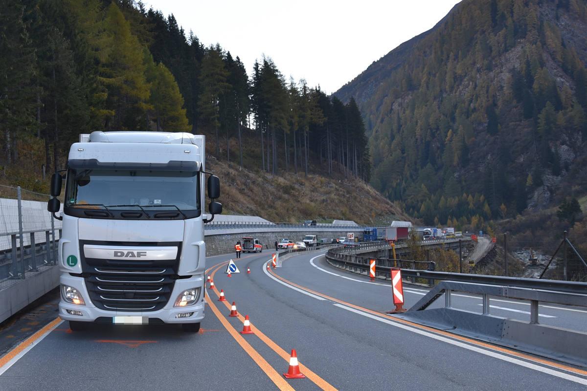 Hinterrhein GR - Kollision fordert drei Verletzte