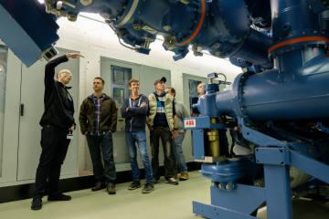 Luzern LU - Feuerwehrleute sicher im Umgang mit Elektrizität