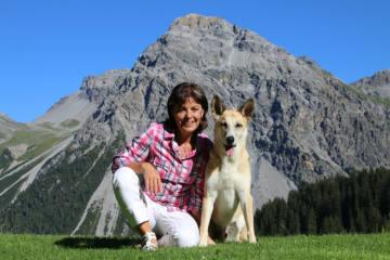 Monika Fasnacht wird Botschafterin vom Arosa Bärenland