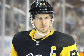 Während Alex Ovechkin den Stanley Cup feiert, wurde Sidney Crosby in Zürich gesehen.