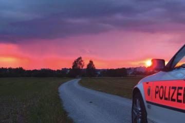 Rapperswil SG -Auffällige Fahrweise in Auto-Korso