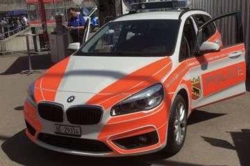 Nidau BE - Drei Jugendliche flüchten mit Auto vor Polizei